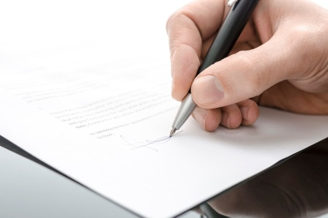 Commercial Litigation Attorney Chicago Can Resolve Contract Disputes